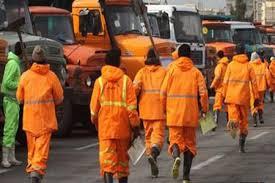 نارنجی پوشان شهر گناباد نزدیک به سه ماه است حقوق دریافت نکرده اند